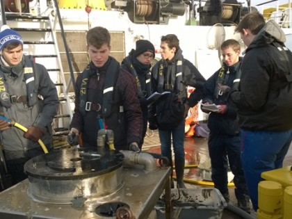 Planeet Zee: 20 students on board